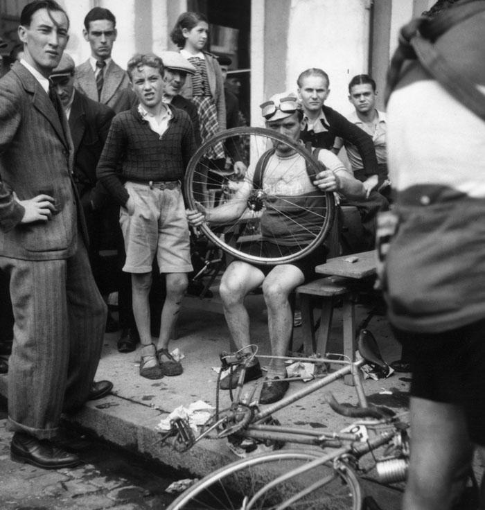 Crevaison sur Le Tour de France cycliste, Roger Parry