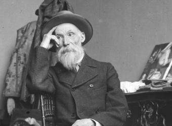 Renoir dans son atelier, photographie noir & blanc