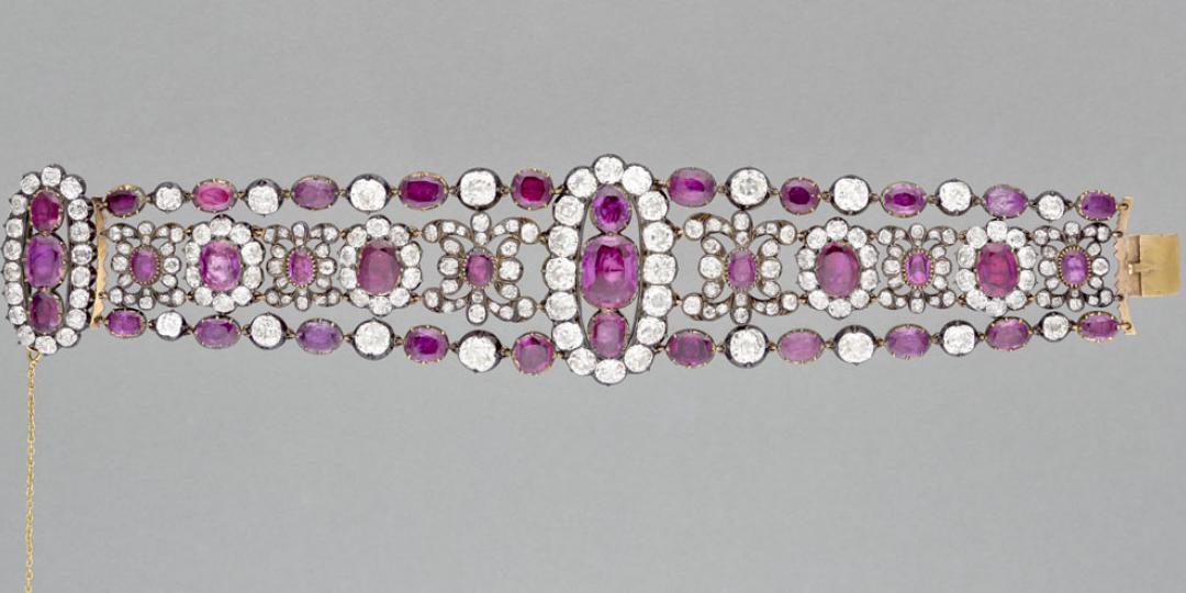 Paire de bracelets de la duchesse d'Angoulême, Christophe-Frédéric et Jacques-Evrard Bapst et Paul-Nicolas Menière, musée du Louvre