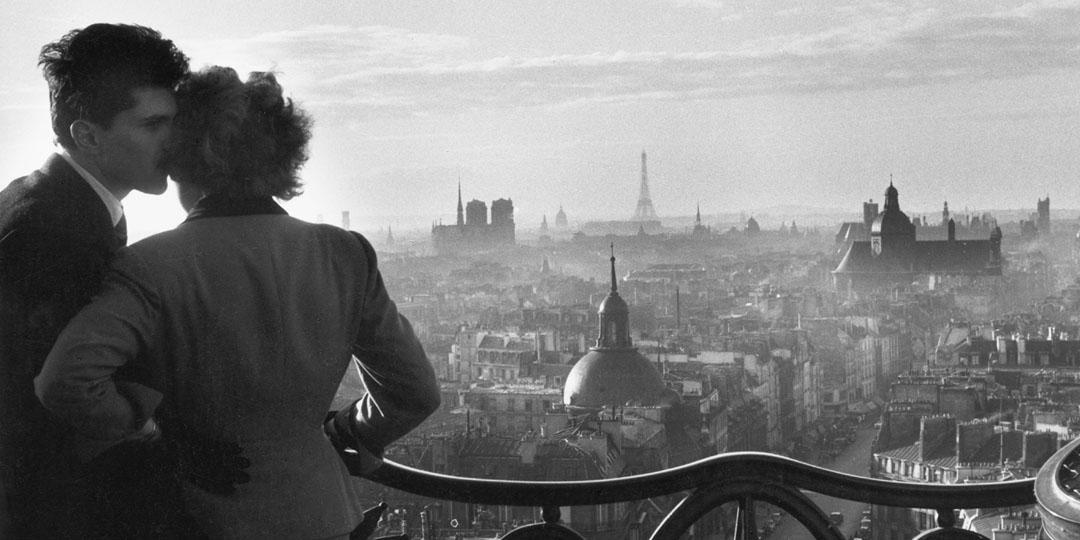Les amoureux de la Bastille, Willy Ronis, Charenton-le-Pont, Médiathèque de l'Architecture et du Patrimoine